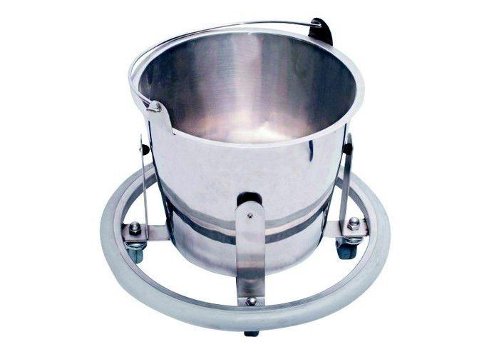 подкатная металлическая емкость для жидкости